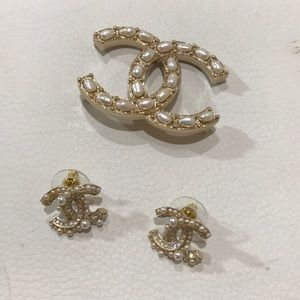 Chanel Brooch with Earring (Set)